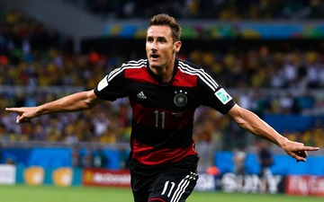Wc moments miroslav klose